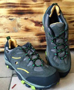 giày leo núi chống thấm nước