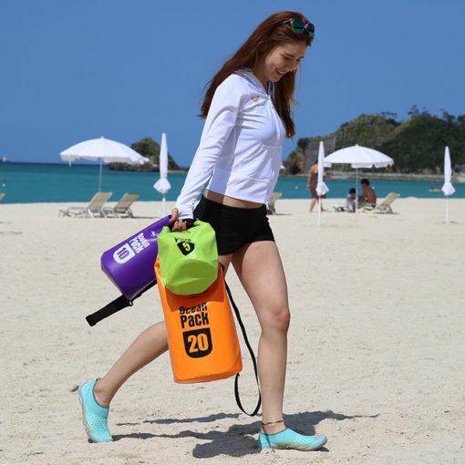 túi chống nước khi đi biển naturehike