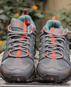 giày trekking lội nước