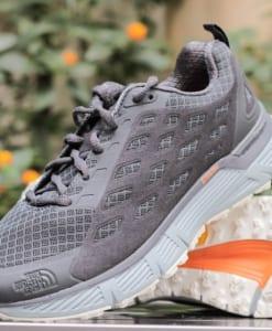 giày chống thấm nước