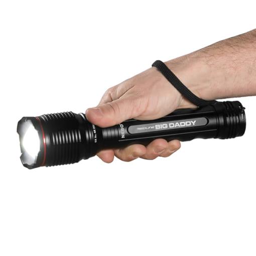 Đèn pin siêu sáng 2000 lumen NEBO Redline-Big-Daddy-4